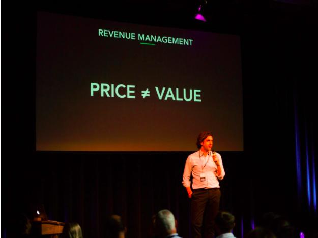 Right Price Presenter