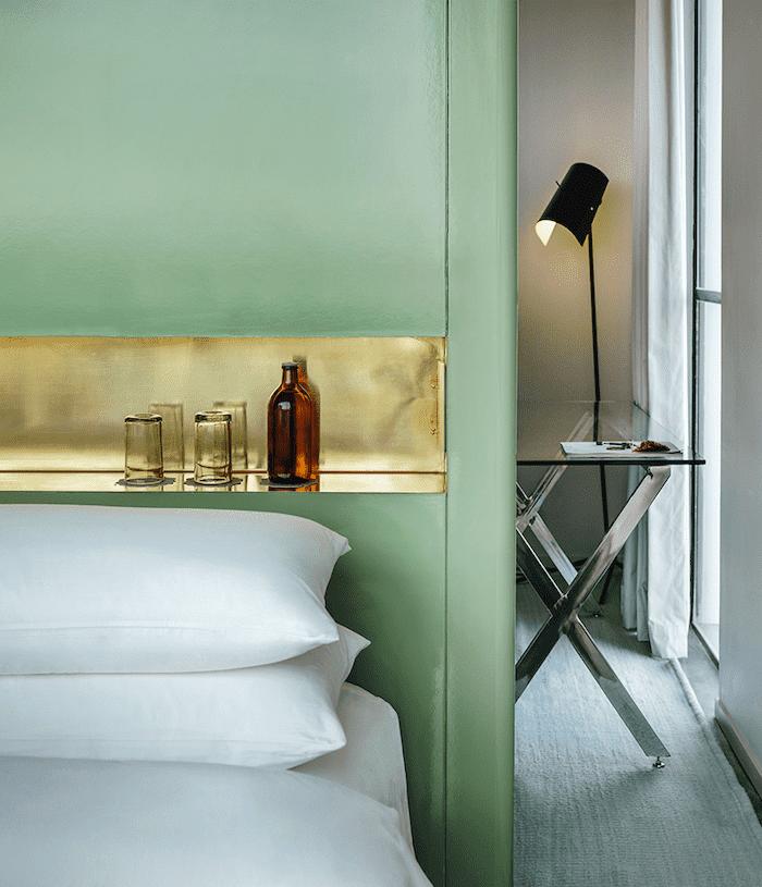 casa-fayette hotel room