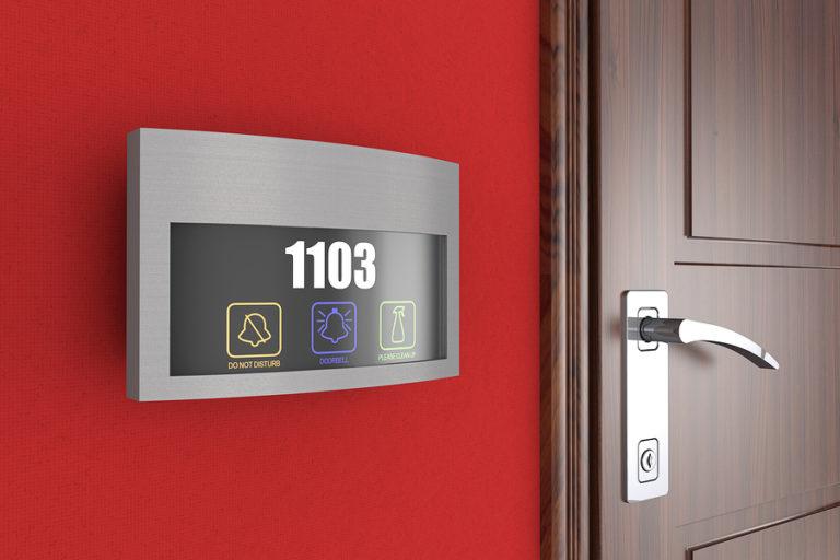 hi-tech-hotels-768x512