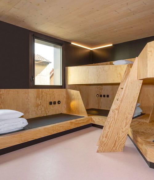 """""""Mews hilft uns, mehr als ein Hostel zu werden"""" navigation image"""