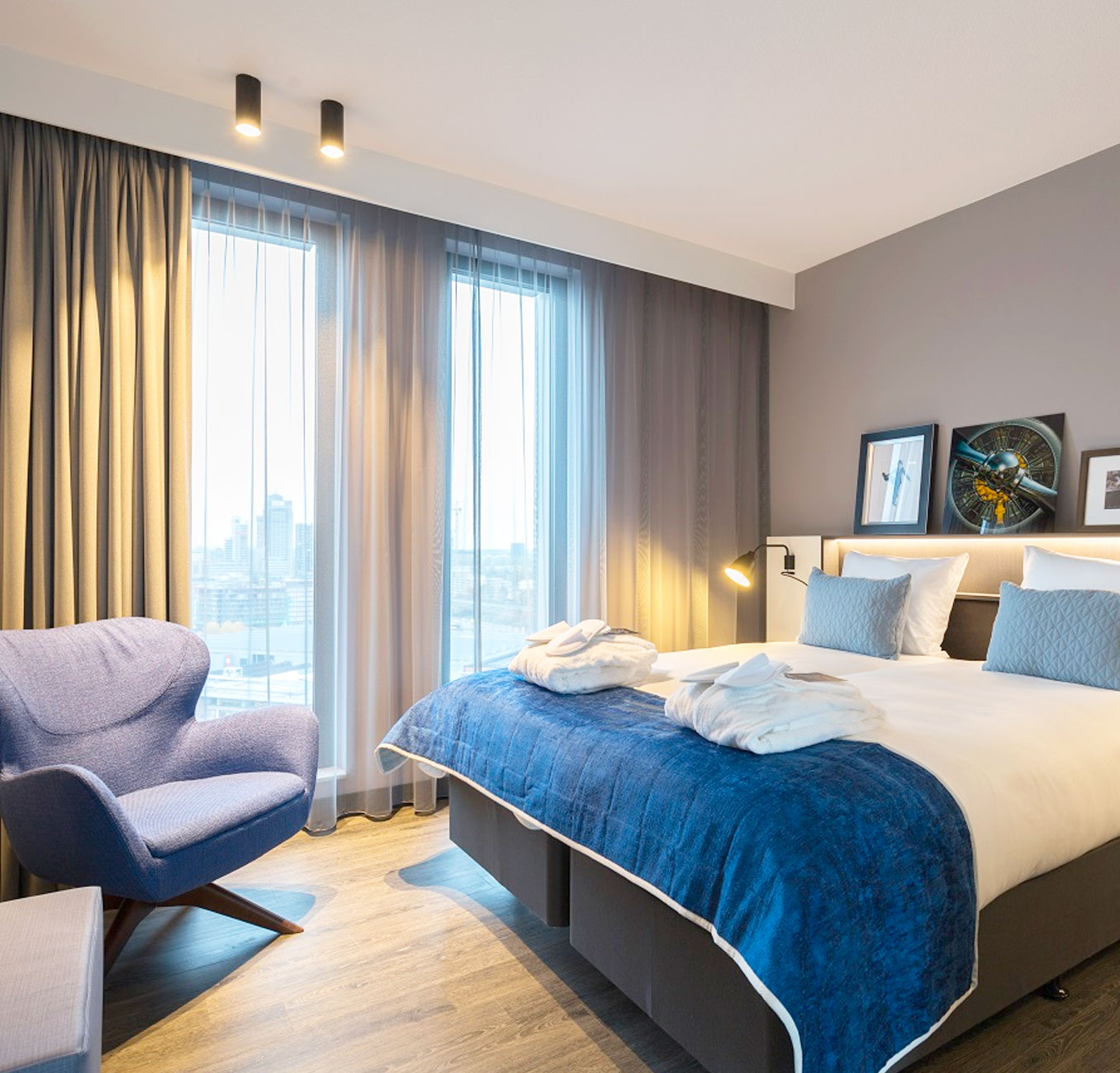 Postillion Hotel Room