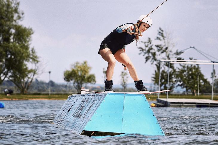 Aneta wakeboarding